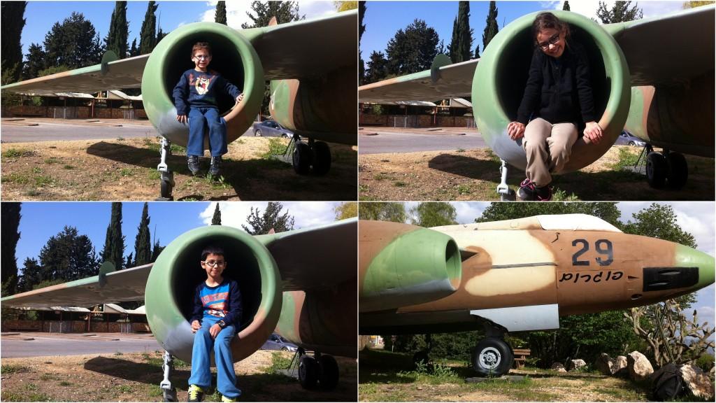 מטוס הפצצה ווטור בפינת הנצחה לטייס נפתלי פורת בכפר גלעדי